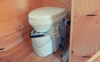Natures Head Composting Toilet Review & Buying Guide in 2020