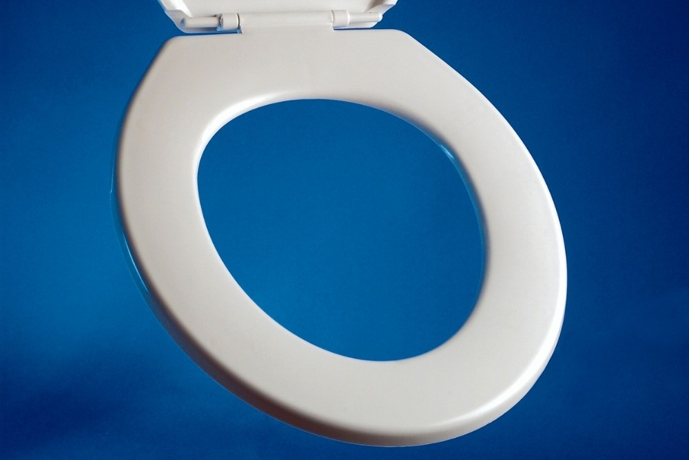 what are toilet seats made of